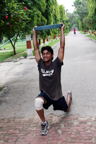 Viaji weighted lunge